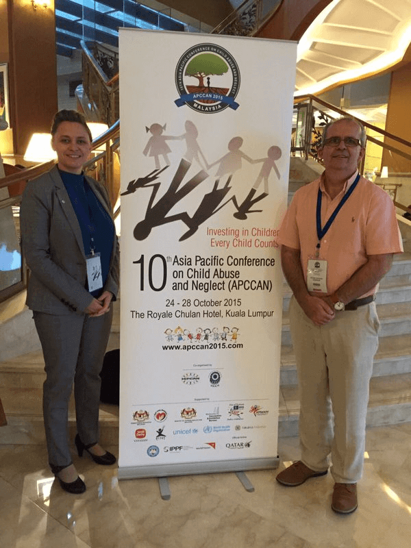 Photograph of Stuart Harrison and Emma Gilbert at the ISPCAN's 10th Asia Pacific Conference
